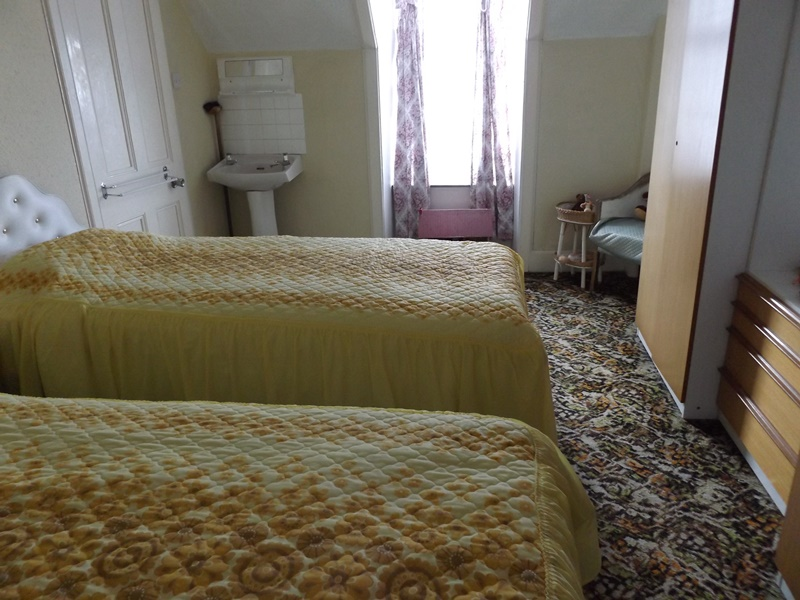 13 Macarthur bedroom 3