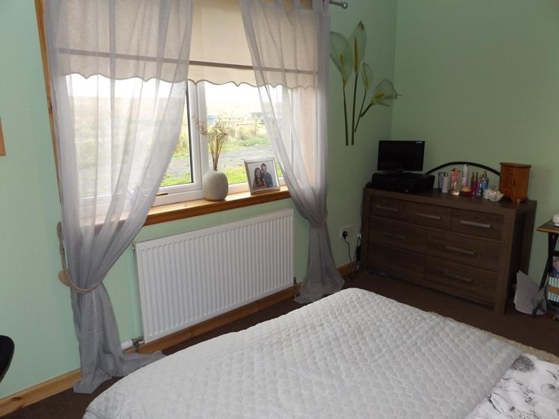 Whindiehill, Hillside, bedroom 1b