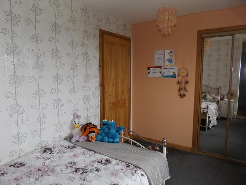 Whindiehill, Hillside, bedroom 3b